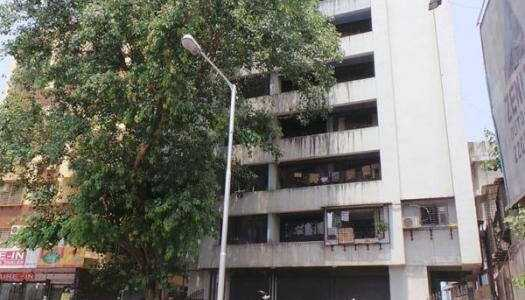 2 BHK Apartment For Sale At Mahim West.