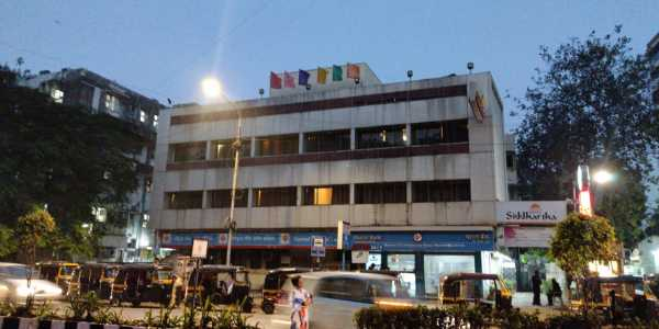 2669 Sq.ft. Bank Auction Commercial Space For Sale At SV Road, Bandra West.