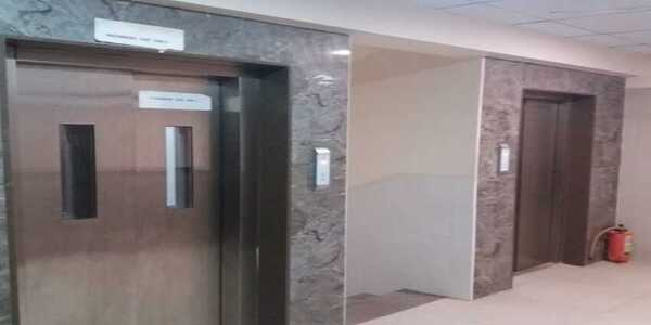 1 RK (1 room kitchen flat) for Sale at Gamdevi For Commercial or Residential use
