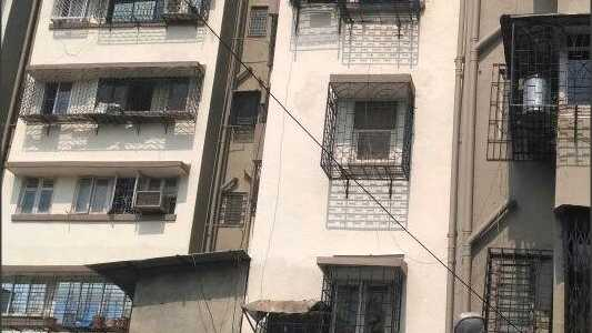 600 sq ft 1BHK for sale in Khar west