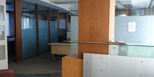 Corona Virus Covid19 Social Distancing suitable 3050 sq.ft Carpet area Office in Andheri West For Rent Fully Furnished off Link Road in VIP Plaza Furnished Suitably for Social Distancing