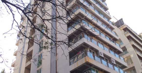 6 BHK Bank Auction Penthouse For Sale At Bandra Near Tawa Restaurant, Bandra West.