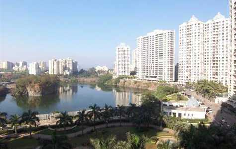 2.5 BHK Apartment at Lake home, Powai.