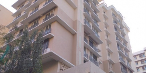3 bhk Apartment available on Sale at Roopkala Avenues in Santacruz